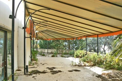 Valdanos-restaurant-8-terrace