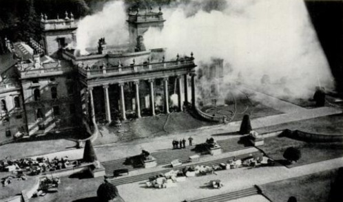 Witley_Court_fire_1937_2